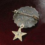画像3: USAヴィンテージピンバッジ赤・星付|キリスト教聖品UNITED BRETHREN教会日曜学校メンバーブローチ (3)