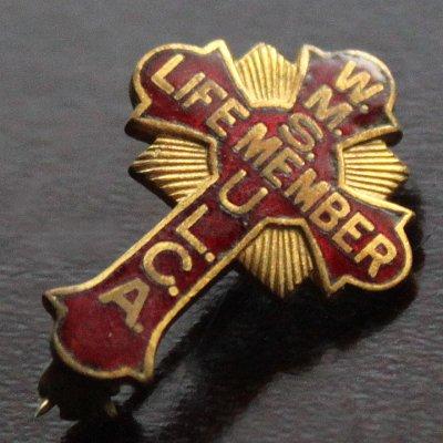 画像1: USAヴィンテージ1930s十字架ピンバッジ赤 キリスト教聖品W.M.S. U.L.C.A.終身会員ブローチ
