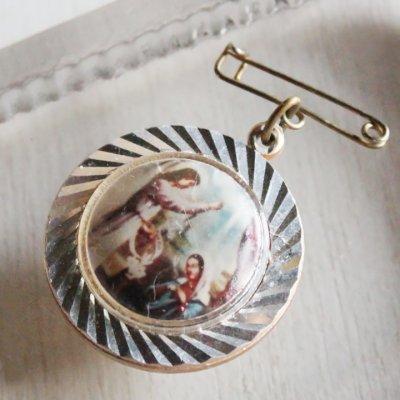 画像1: USAヴィンテージ信徒を祝福するイエスキリストのブローチ|カトリック教会アンティークメダイのバッジ