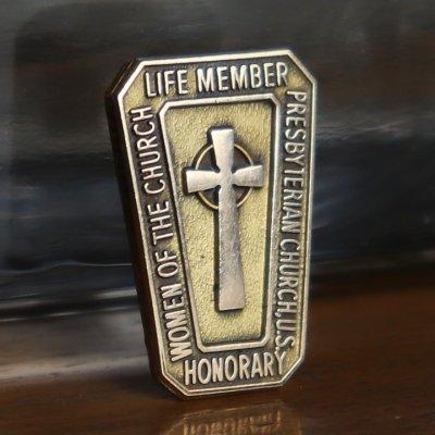 画像1: USAヴィンテージJOSTENS社製10KG.F.キリスト教PRESBYTERIAN CHURCHケルト十字クロスピンバッジ|アンティークブローチピンズ