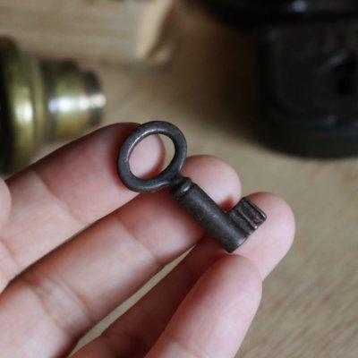 画像3: USAヴィンテージ鉄製の鍵(5)|古いアンティークキー・アンティーク鍵・カギ