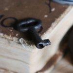 アンティークキー|古い錠前パドロック用の鉄製鍵