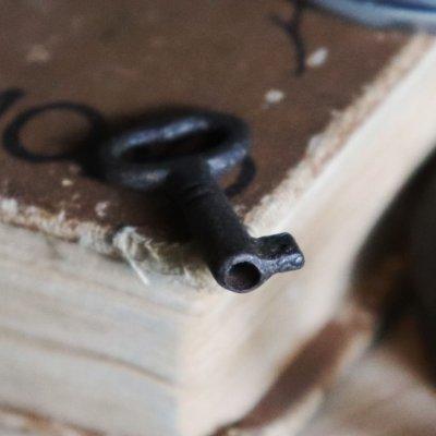 画像2: USAヴィンテージ鉄製の鍵(7)|古いアンティークキー・アンティーク鍵・カギ