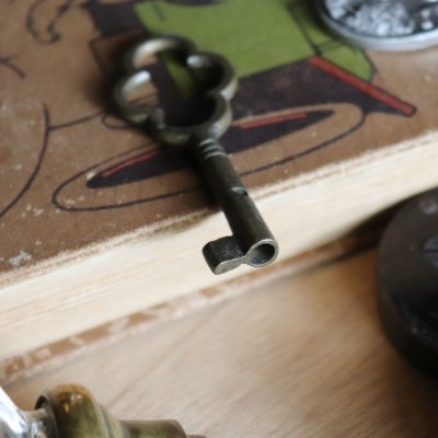 画像3: USAヴィンテージ真鍮製の鍵B 古いアンティークキー・アンティーク鍵・カギ・四葉クローバー