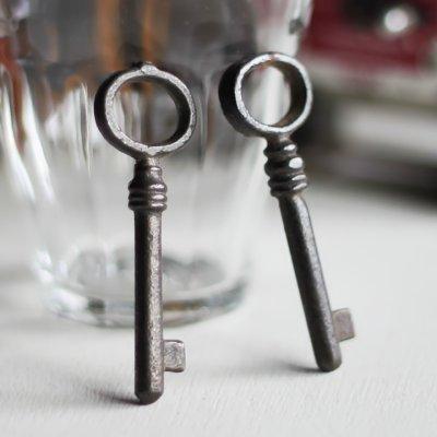 画像1: USAヴィンテージ鍵2本セット60mm 古いアンティークキー・アンティーク鍵・カギ