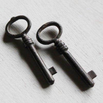 画像2: USAヴィンテージ鍵2本セット60mm 古いアンティークキー・アンティーク鍵・カギ