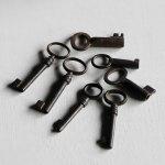 画像8: USAヴィンテージ鍵2本セット65mm|古いアンティークキー・アンティーク鍵・カギ (8)