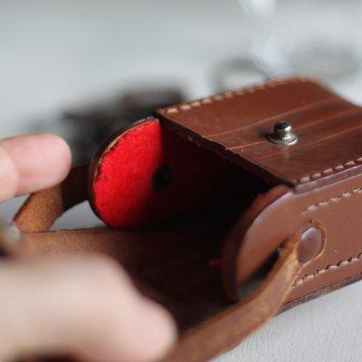 画像2: ヴィンテージ革ケース|アンティークオペラグラス双眼鏡小物入れ
