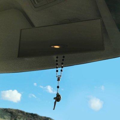 画像2: 聖ベネディクトのメダイ付バックミラー用ロザリオ|悪魔祓いお守り聖人・車内アクセサリー