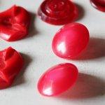 画像9: USAヴィンテージソーイングボタン・赤|プラスティック・ベークライト・レッド35個 (9)
