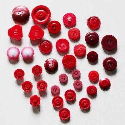 画像2: USAヴィンテージソーイングボタン・赤|プラスティック・ベークライト・レッド35個
