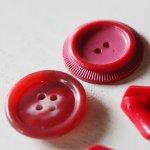 画像11: USAヴィンテージソーイングボタン・赤|プラスティック・ベークライト・レッド35個 (11)