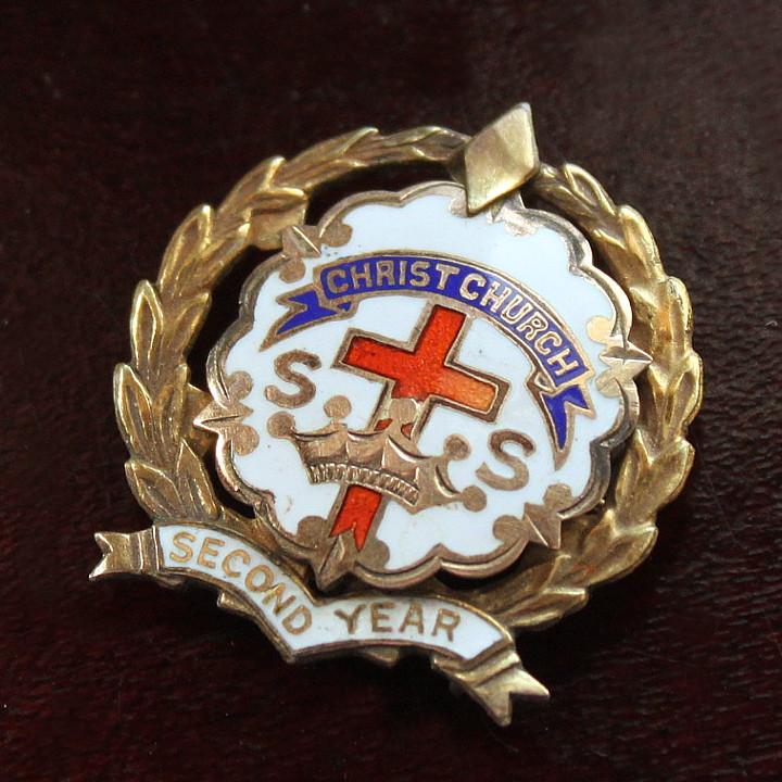 画像1: USAヴィンテージピンバッジ白10KGF|キリスト教聖品CHRIST CHURCH教会日曜学校メンバーブローチ (1)