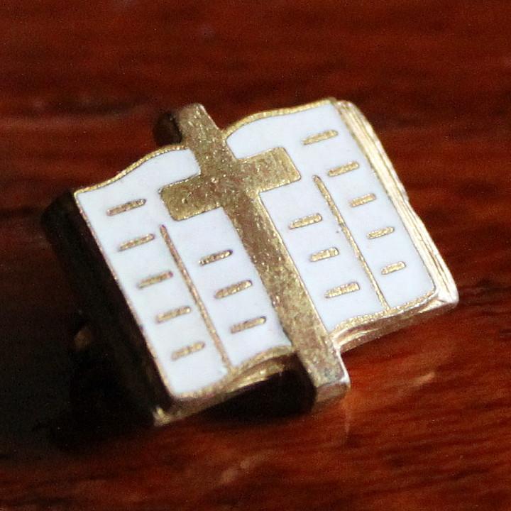 画像1: USAヴィンテージ十字架&聖書ピンバッジ|キリスト教聖品クロス&バイブルクリスチャンブローチ (1)