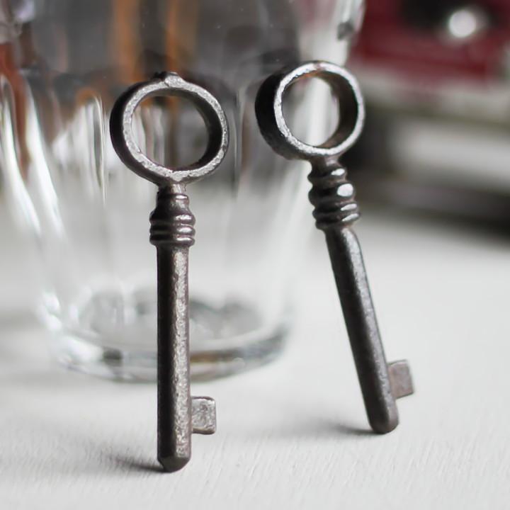 画像1: USAヴィンテージ鍵2本セット60mm 古いアンティークキー・アンティーク鍵・カギ (1)