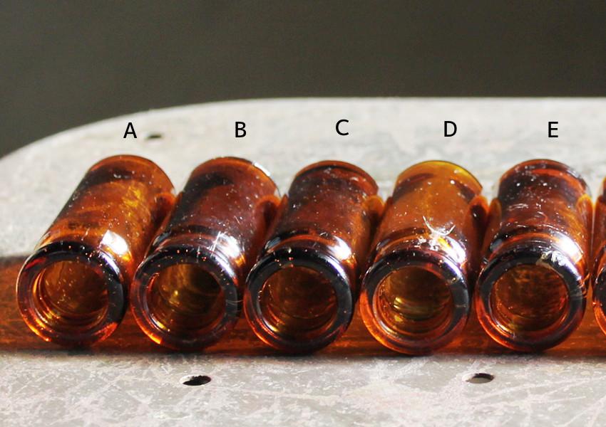 USAヴィンテージアンバーガラスミニメディシンボトル|BELL ANS薬瓶